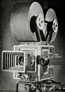 1930s_movie_camera